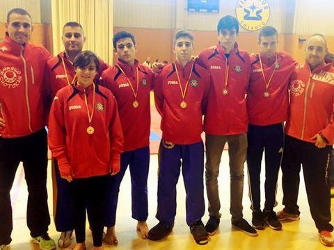Gimnasio Shotokan - Campeonato de España Junior y Veteranos de Kickboxing - Tu gimnasio en Gijón