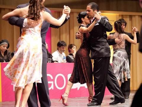 Gimnasio Shotokan - Bailes de Salón - Tu gimnasio en Gijón