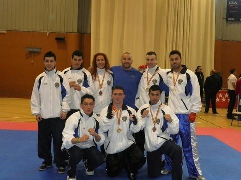 Gimnasio Shotokan - Dos Oros, una Plata y dos Bronces en el Nacional de Light-Contact. - Tu gimnasio en Gijón