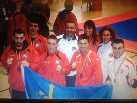 Gimnasio Shotokan - Buselo gana su décimo título, y Asturias suma 5 medallas, todas ellas del Shotokan. - Tu gimnasio en Gijón